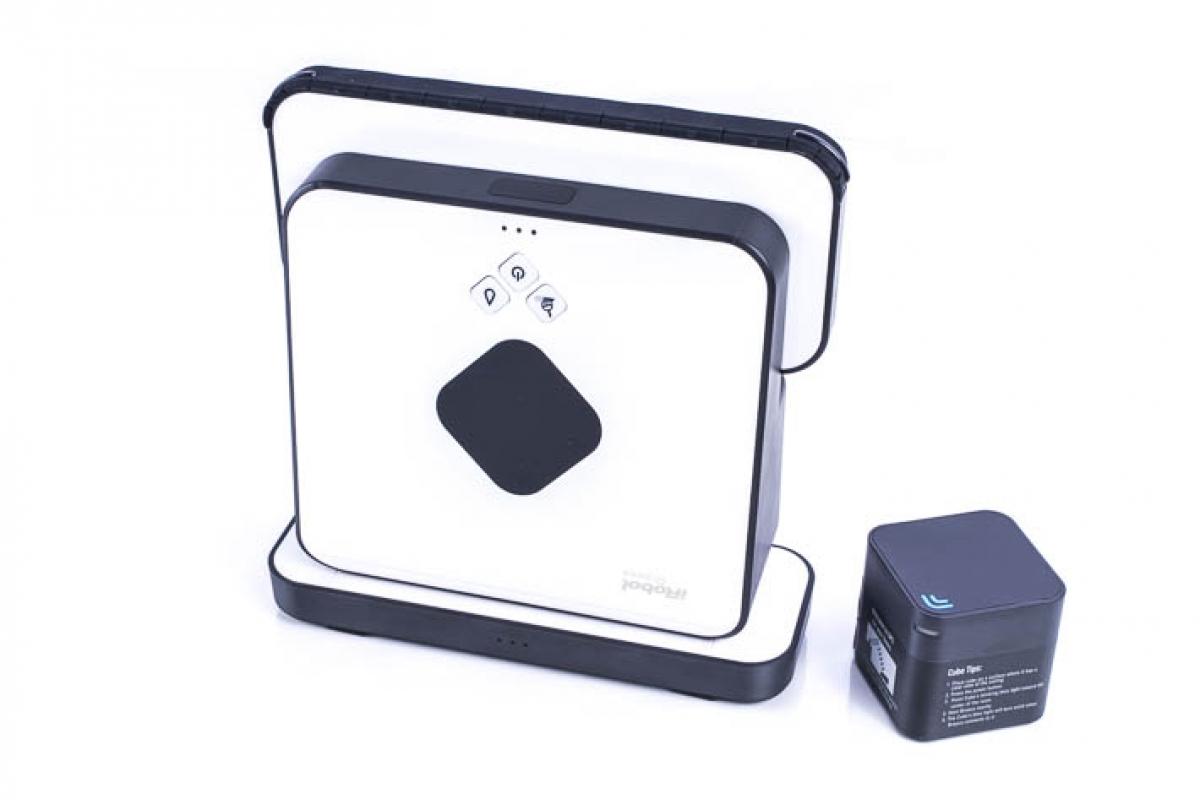 irobot braava 390t wischroboter die perfekte hilfe beratung bei robotico 299 00. Black Bedroom Furniture Sets. Home Design Ideas