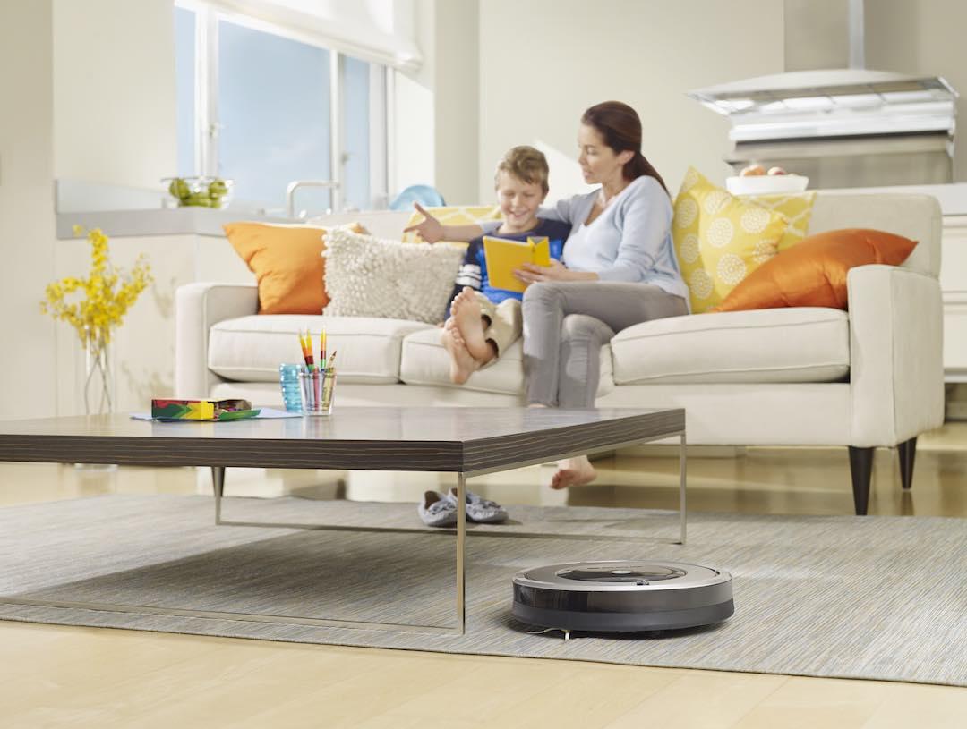 Der Roomba 800er macht klasse sauber.